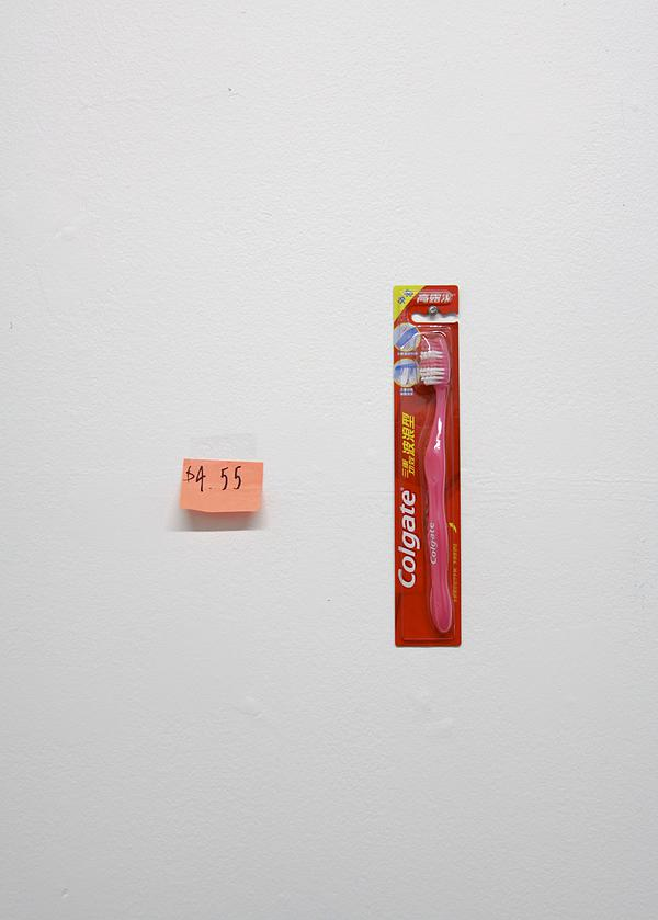 Colgate , Colgate toothbrush, sticky note, 2015