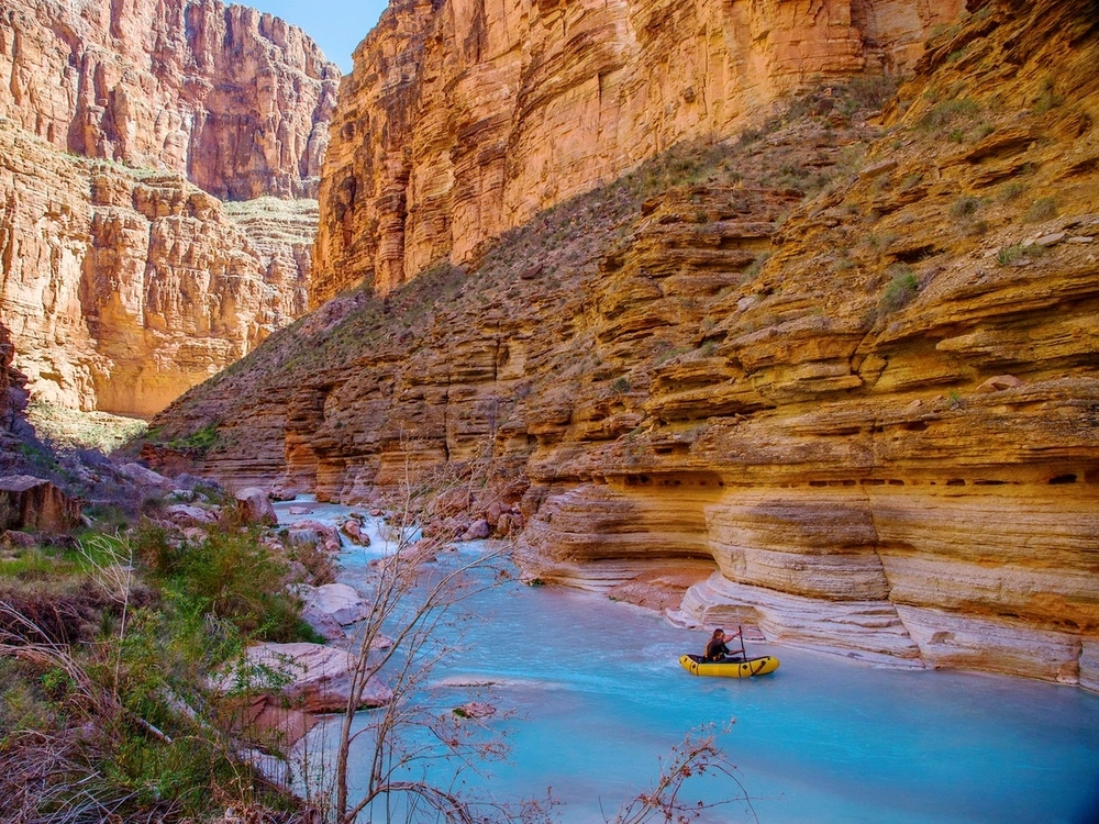 @BirchBlock packrafting down Havasu Creek in a Kokopelli packraft.