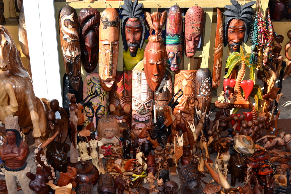 Straw-market-Nassau1.jpg