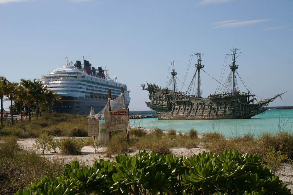 Flying_Dutchman_at_Castaway_Cay.JPG