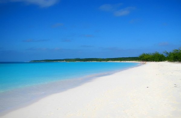 half-moon-cay-beach.jpg
