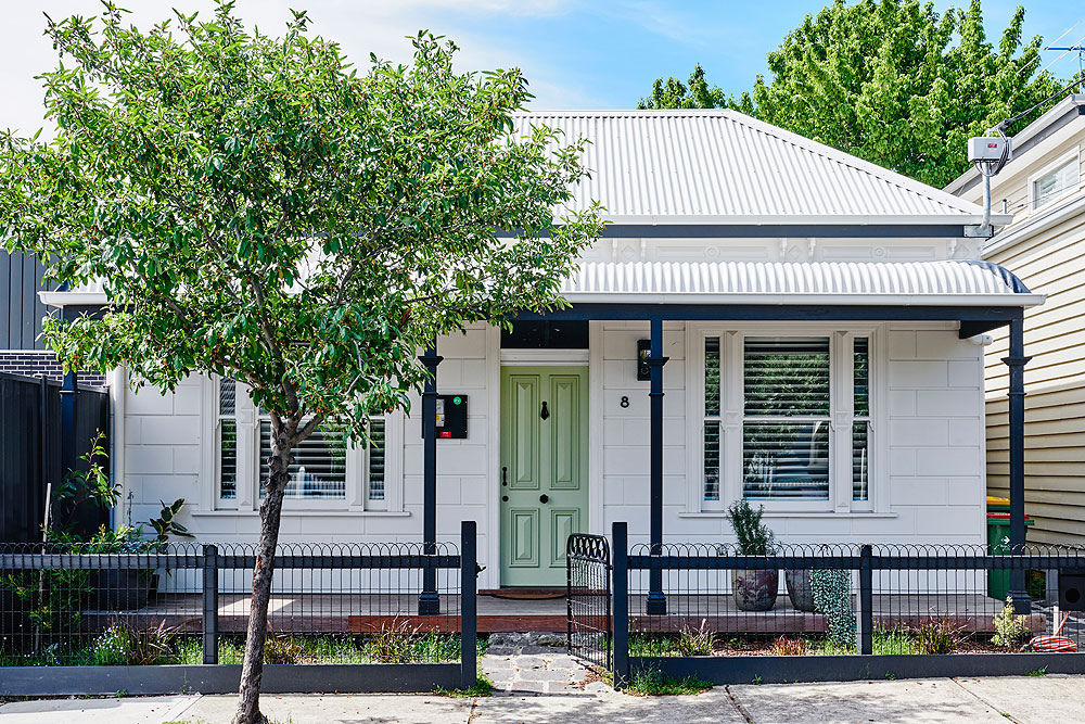- This hundred-year-old worker's cottage in Yarraville was renovated with a meticulous approach to sustainability. We were fortunate to be engaged by clients Melbourne Vernacular who aspired to leave as small a carbon footprint to their new home as possible.