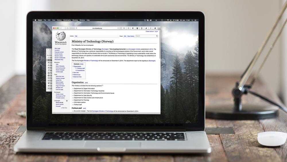 macbook-wiki.jpg