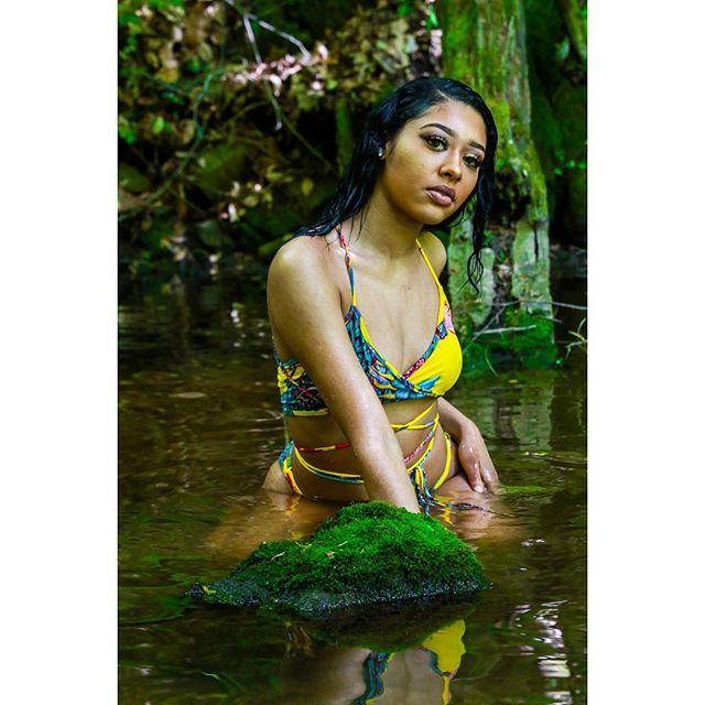"""She's something like a fantasy"" | @briannalashe 📸👀 @sammytarantino #photographer #powershoot #photographylife #photography #model #models #modelcall #atlanta #atlantamodels #headshots #camera #letsshoot #networking #network #support  #linkup #modelslinkup #makeupartist #stylist #modelcall #dancers #businessowners #smallbusinessowners #blackowned #blackbusinessowners #queens #clothinglines #brands #waterfall"