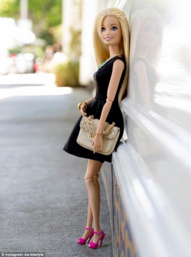 1409172562712_wps_1_http_instagram_com_barbie.jpg