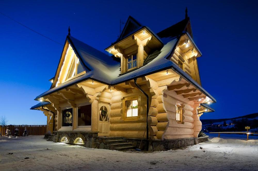 Larger log houses the little log house company for House company