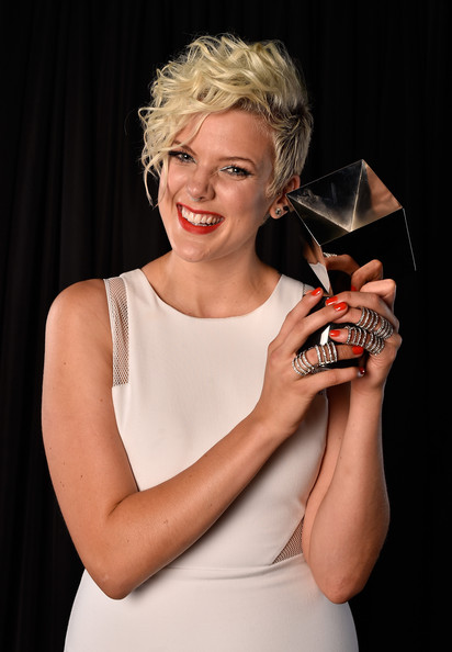 Betty+Logo+TV+2014+NewNowNext+Awards+Winner+hb-75oa1IM7l.jpg