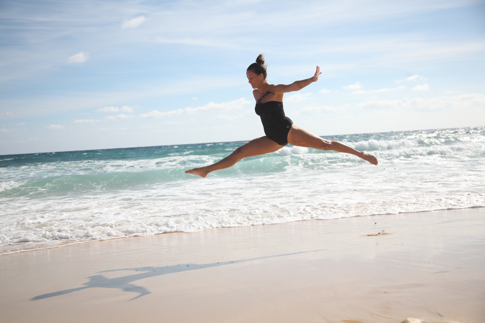 Personalised lifestyle courses - Reset your mind and life!Ready to take action toward greater inner peace and happiness? I teach a holistic approach of training (body, mind, heart and soul) that includes specific and easy mental training techniques that you can use to improve your life in the way you want (available online or in Fuerteventura).