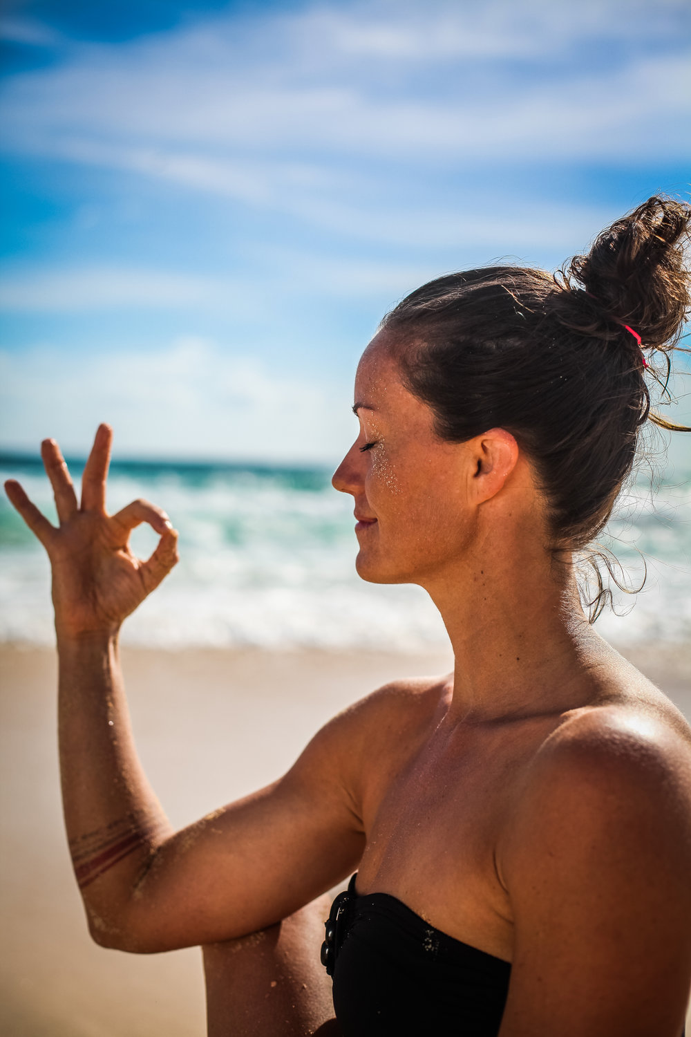 Re-program your mind and lifewith yoga, meditation, mental training, an active lifestyle and healthy habits. - Looking for a way to improve your life and increase the feeling of freedom and happiness in your life, but not quite sure where to start?