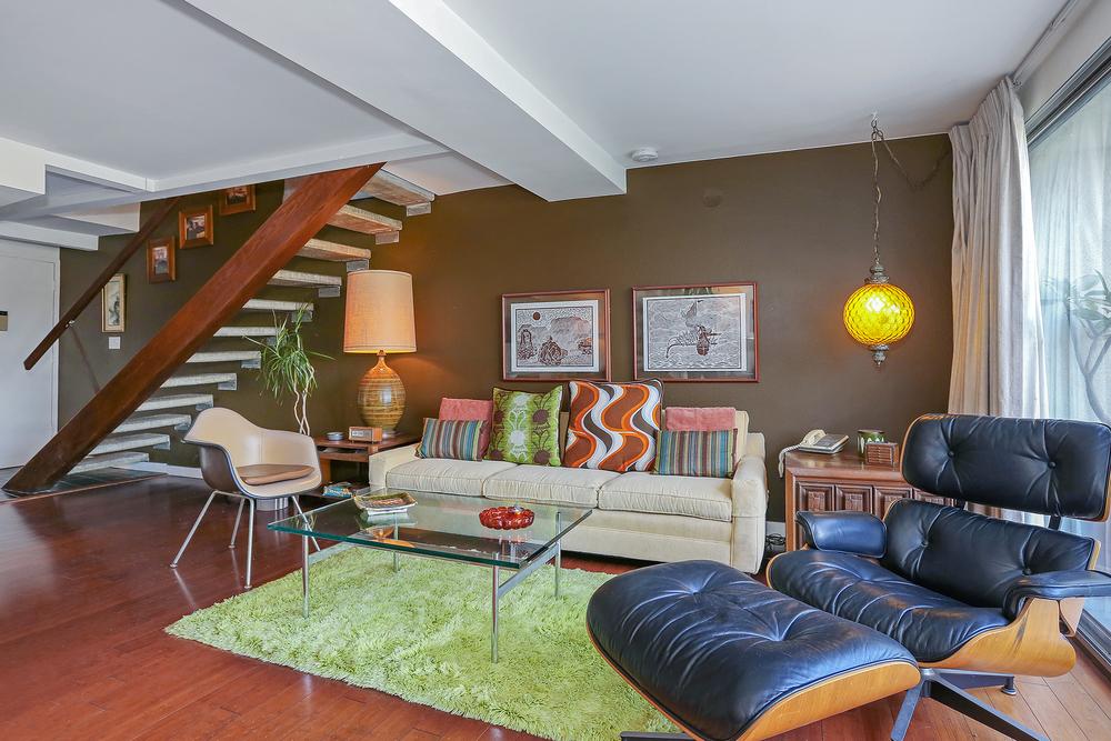 Lago_Vista_Living_Room.jpg