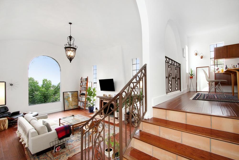 4922 Onteora Way - Living Room