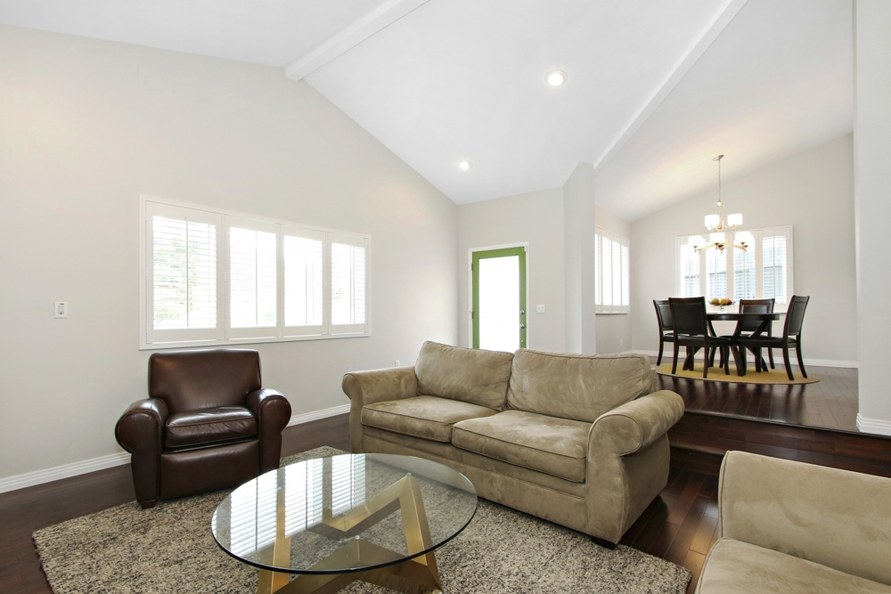 1416 Occidental Living Room