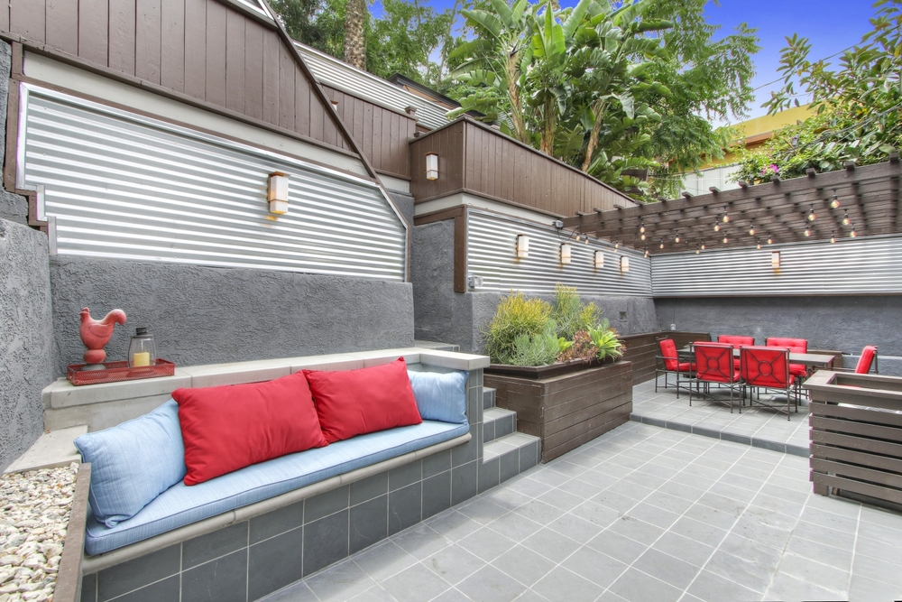 Occidental Backyard