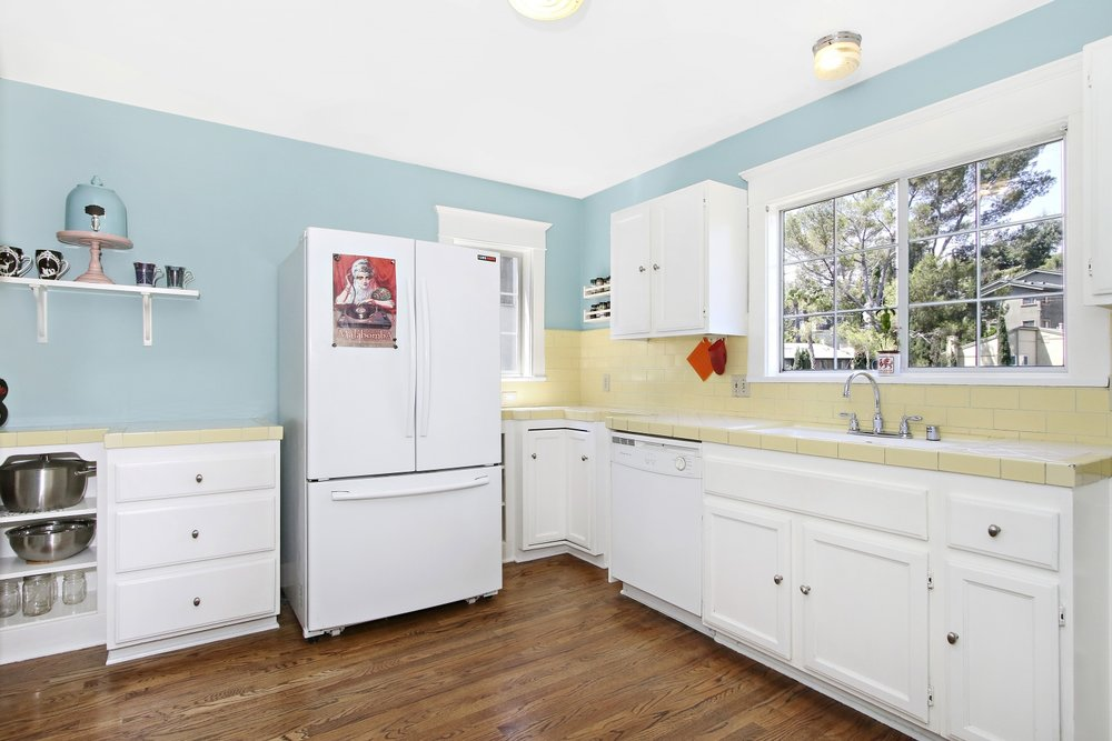 4801 Nob Hill Kitchen