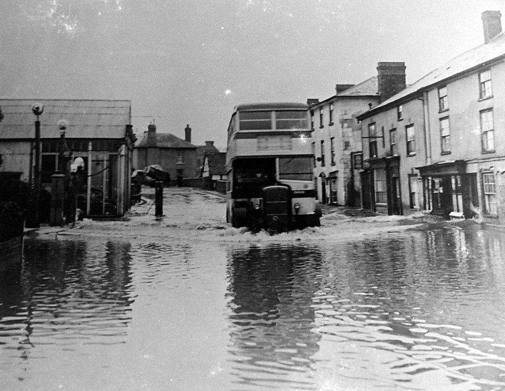 Hereford bus in a flood on Bridge Street