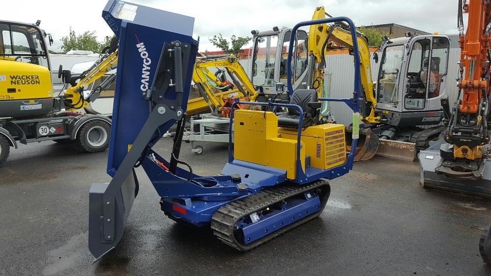 Levererad Canycom S160 med lastare