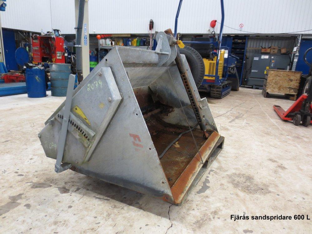 Sandspridare 600 Liter