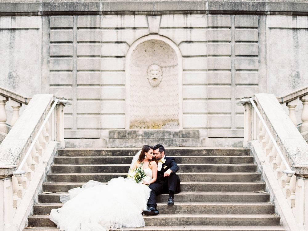 Mindy and Nick\'s Missouri History Museum Winter Wedding | St. Louis ...