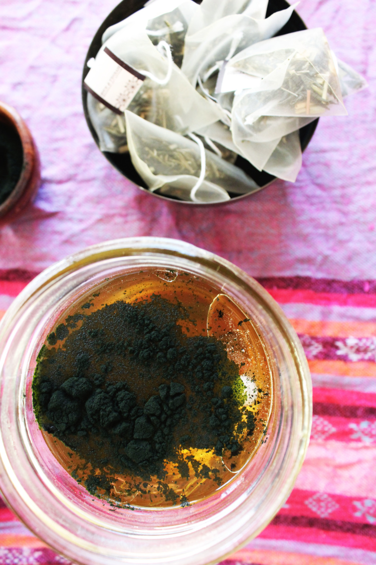 Super Charge Your Green Tea With Coconut Oil and Spirulina