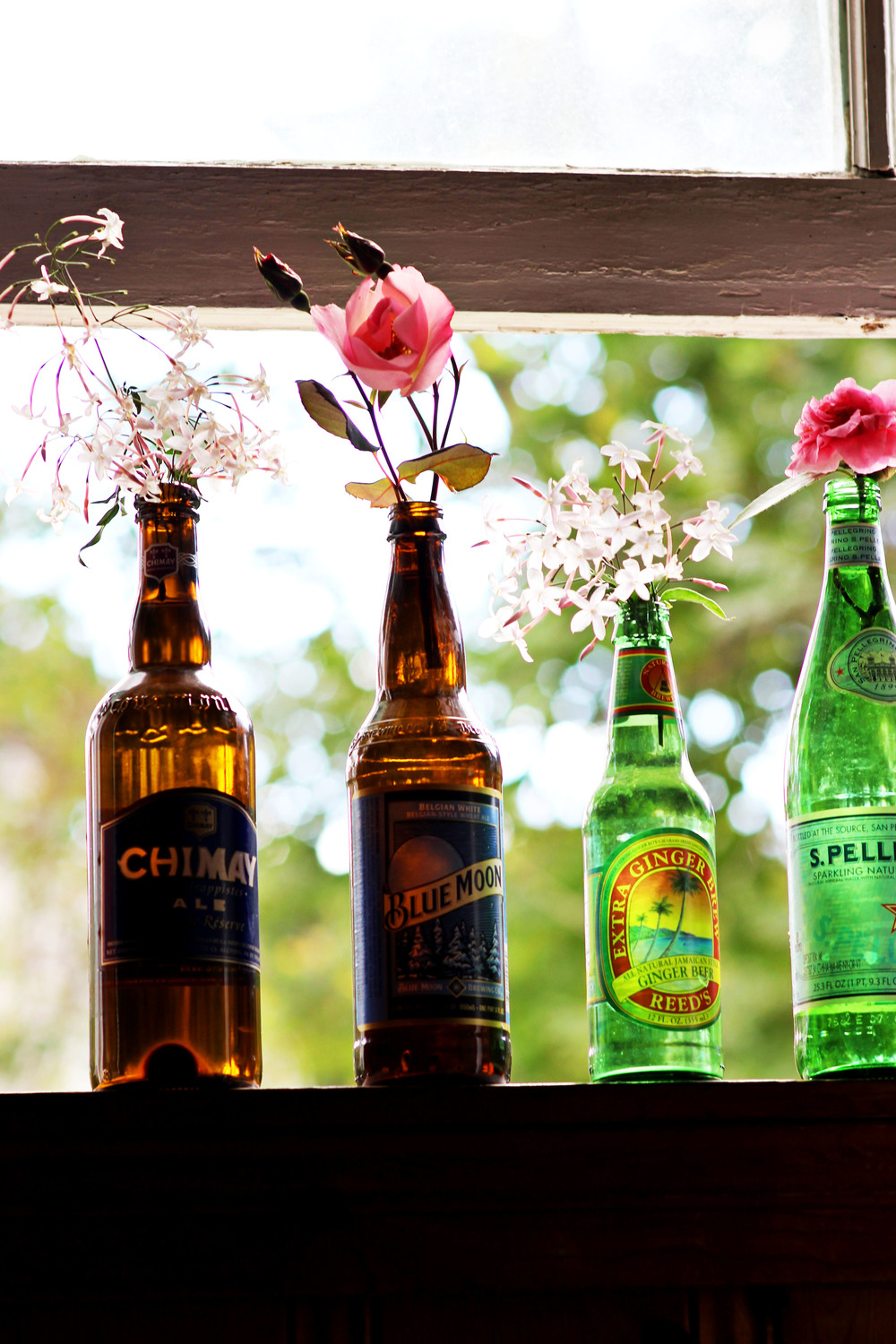 Recycle Bottles as Vases | Most Popular in March