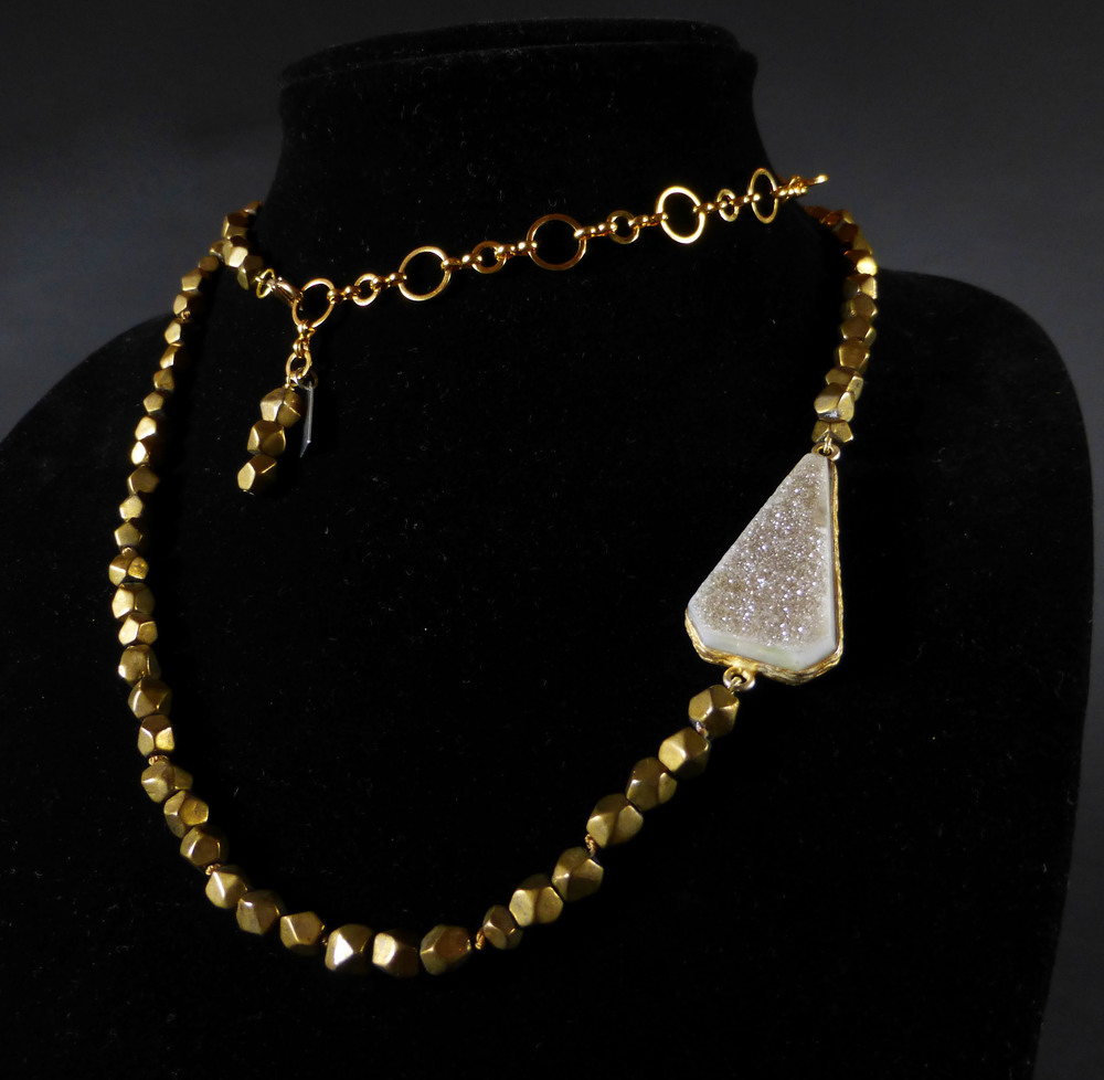 Estrella Gold Single Strand Necklace