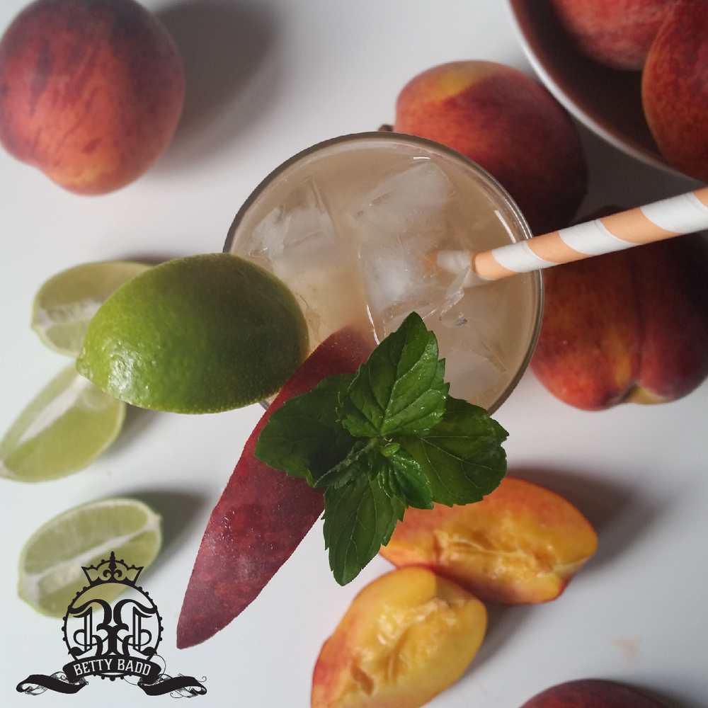Fresh Peach Mojito from BettyBadd.com
