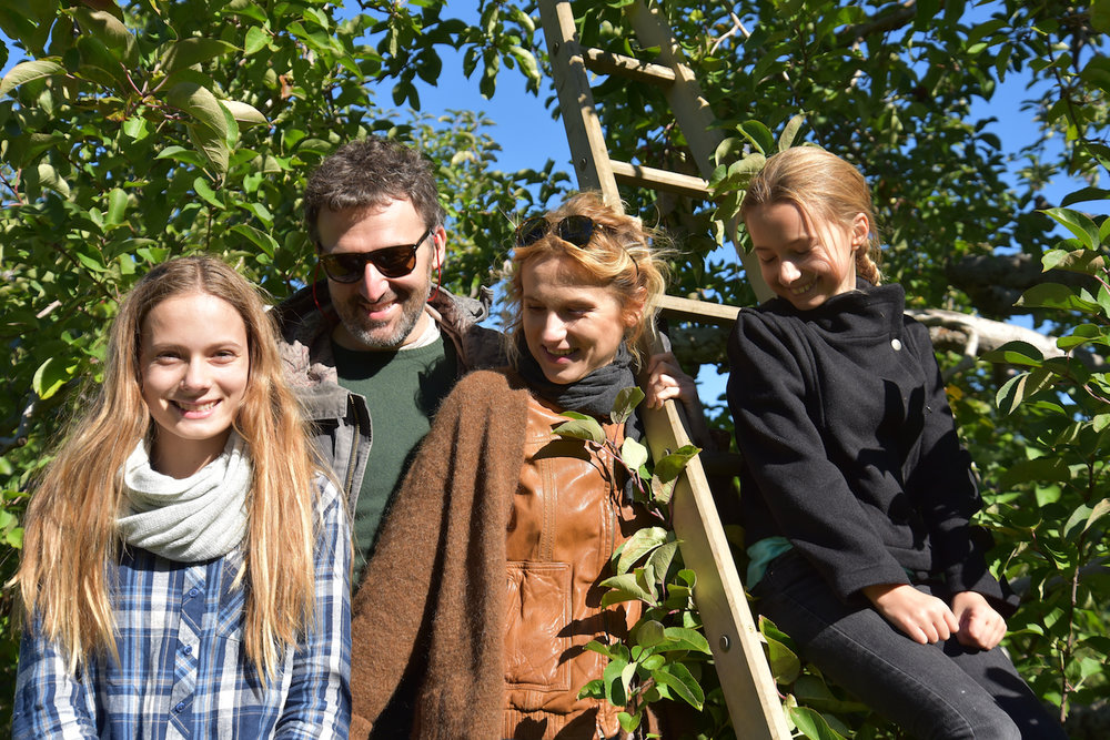 EL_Apple_Picking_2016_011.jpg