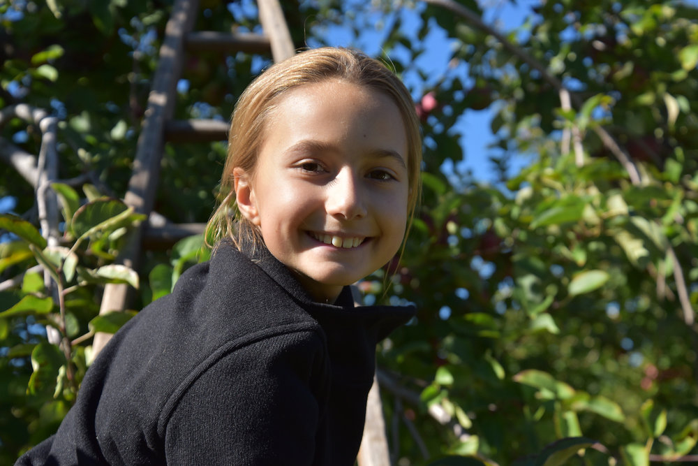 EL_Apple_Picking_2016_019.jpg