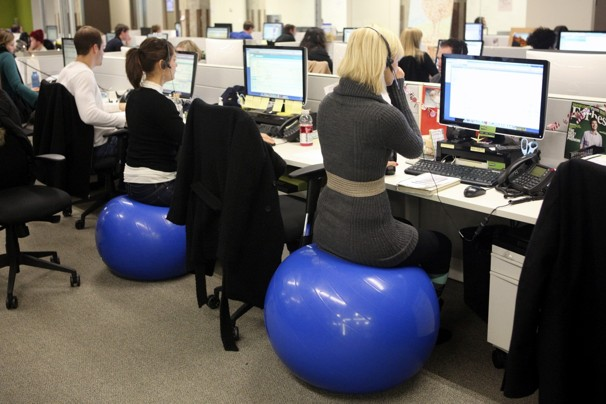 Superieur The Truth About Exercise Balls At Work