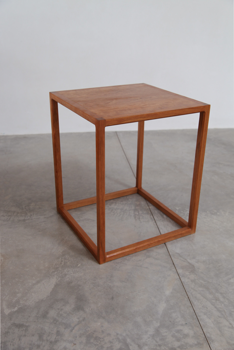table_cube_cherry2.jpg