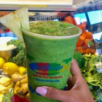 California Fruitshake & Juicebar 4.jpg