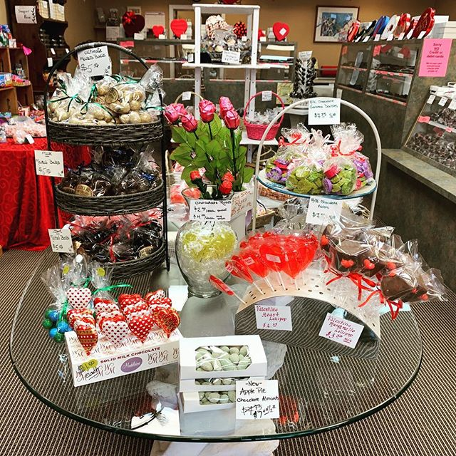 🌹Valentine's Day is JUST around the corner! Stop by our island candy shop @jagielkys_candynj for some homemade treats for you and your sweetheart 💋
