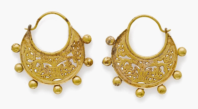 A pair of Byzantine gold crescentic earrings . Circa 9th century A.D. Each: 1¾ in (4.5 cm) long. Estimate: $5,000-7,000. This lot is offered in  Ancient Jewelry: Wearable Art , 29 November–8 December 2016, Online