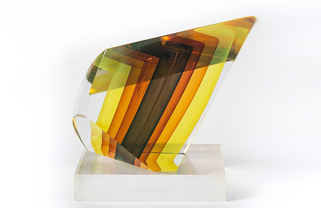 """Glass Sculpture in a Quadrangle Shape with Internal Colored Glass"" by Harvey Littleton, 1981, Alex Cooper (August 2015)"