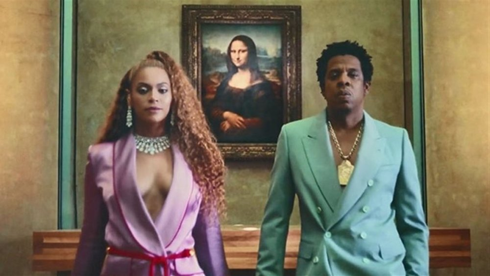 Beyoncé and Jay-Z (aka The Carters) in  APES**T , the video to the first track from their album  Everything Is Love.