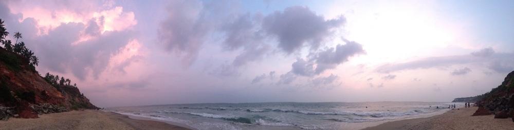 Panorama-India-ocean-surf.jpg