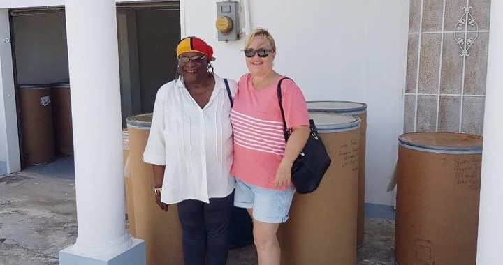 Ms. Francis Yvonne Jackson with managing Director of the Guyana Foundation, Susan Isaacs. She donated ten barrels and travelled all the way from Chicago in the USA to assist in distributing the items, September 2017.