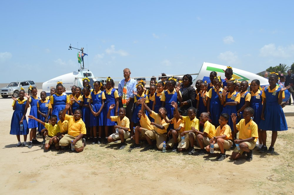 At the Marriott Beach with students of the West Ruimveldt Primary School.