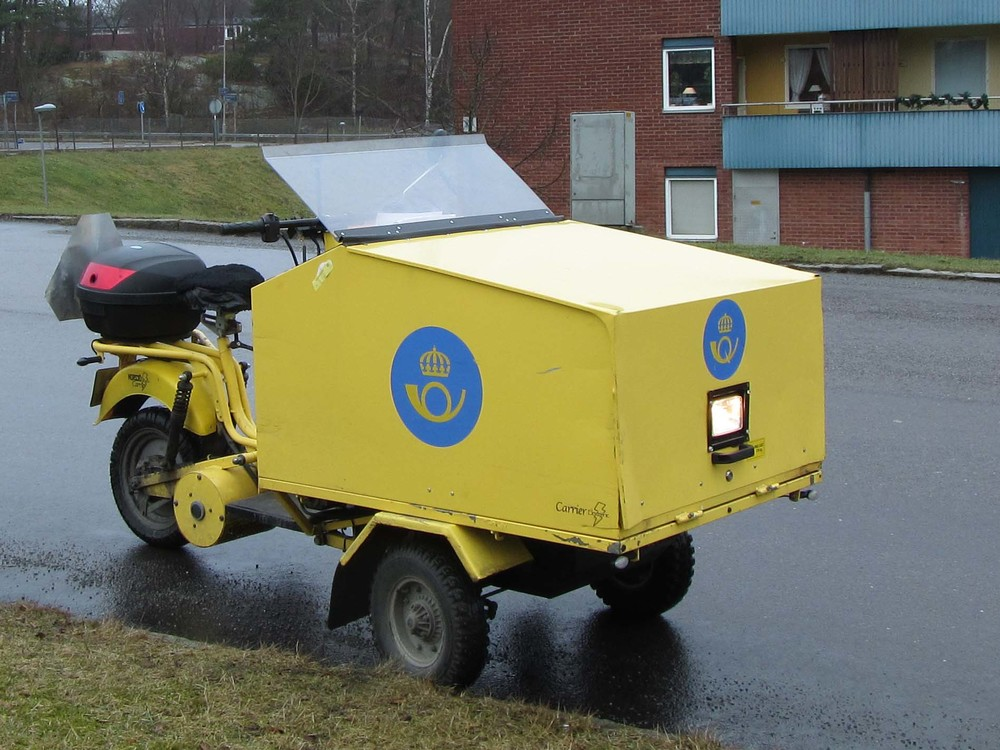 Mail delivery truck in Sweden