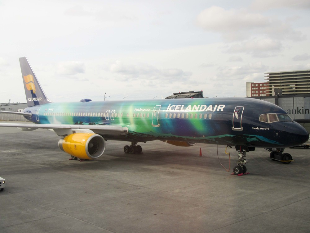 Flagship airplace of Icelandair painted with the norhtern lights. Unfortunately, this was not the plane we flew in on.