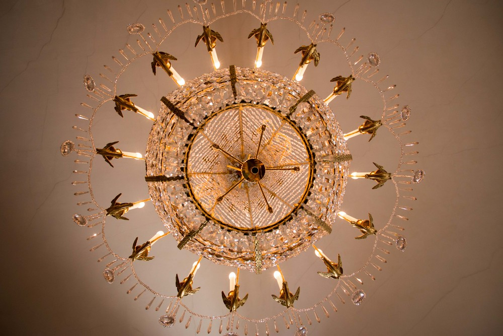 Stunning chandelier!
