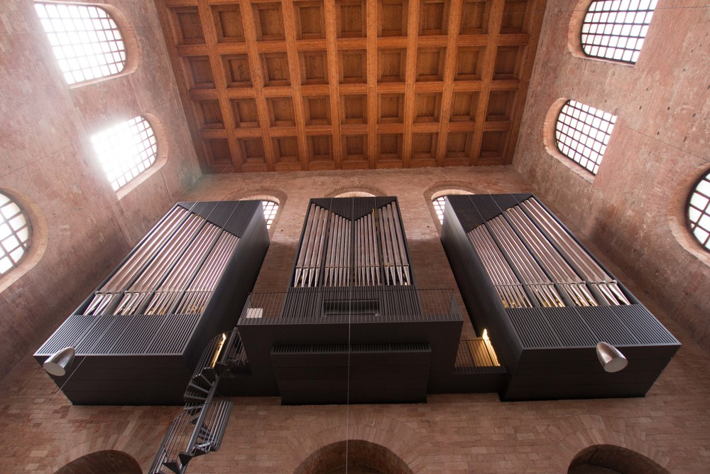 modern Organ in an Ancient Roman Building