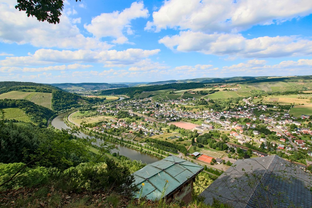 Stunning view over the Saar Valley and the Town below