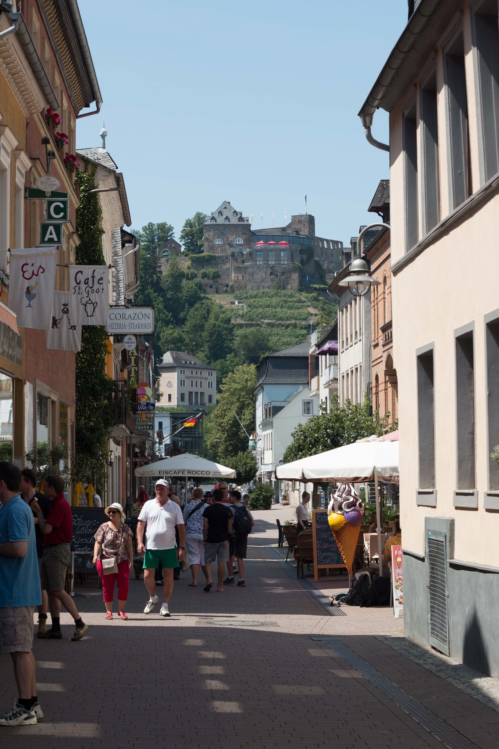 Center street of Sankt Goar
