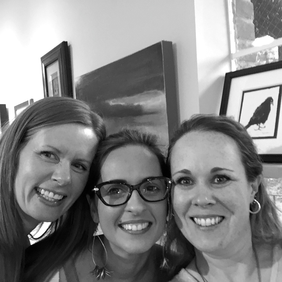 I'm the big goofy one on the left.  In the middle is another artist represented by the same team as myself.  She's from South America and absolutely adorable, curvy, and as sweet as can be.  Damn South Americans!  My fellow mama and fantastic artist (as well as a fantastic rep!) is on the right, Kellee Wynne Conrad.