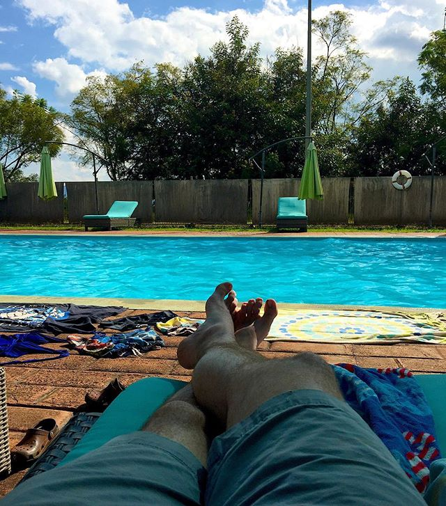 Family time at the pool this afternoon. Now just relaxin. #lifeinTZ