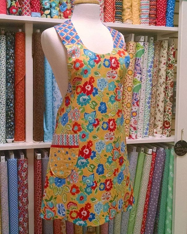 """Church Ladies' Apron"" by Penny Rose Fabrics #pennyrose #apron"