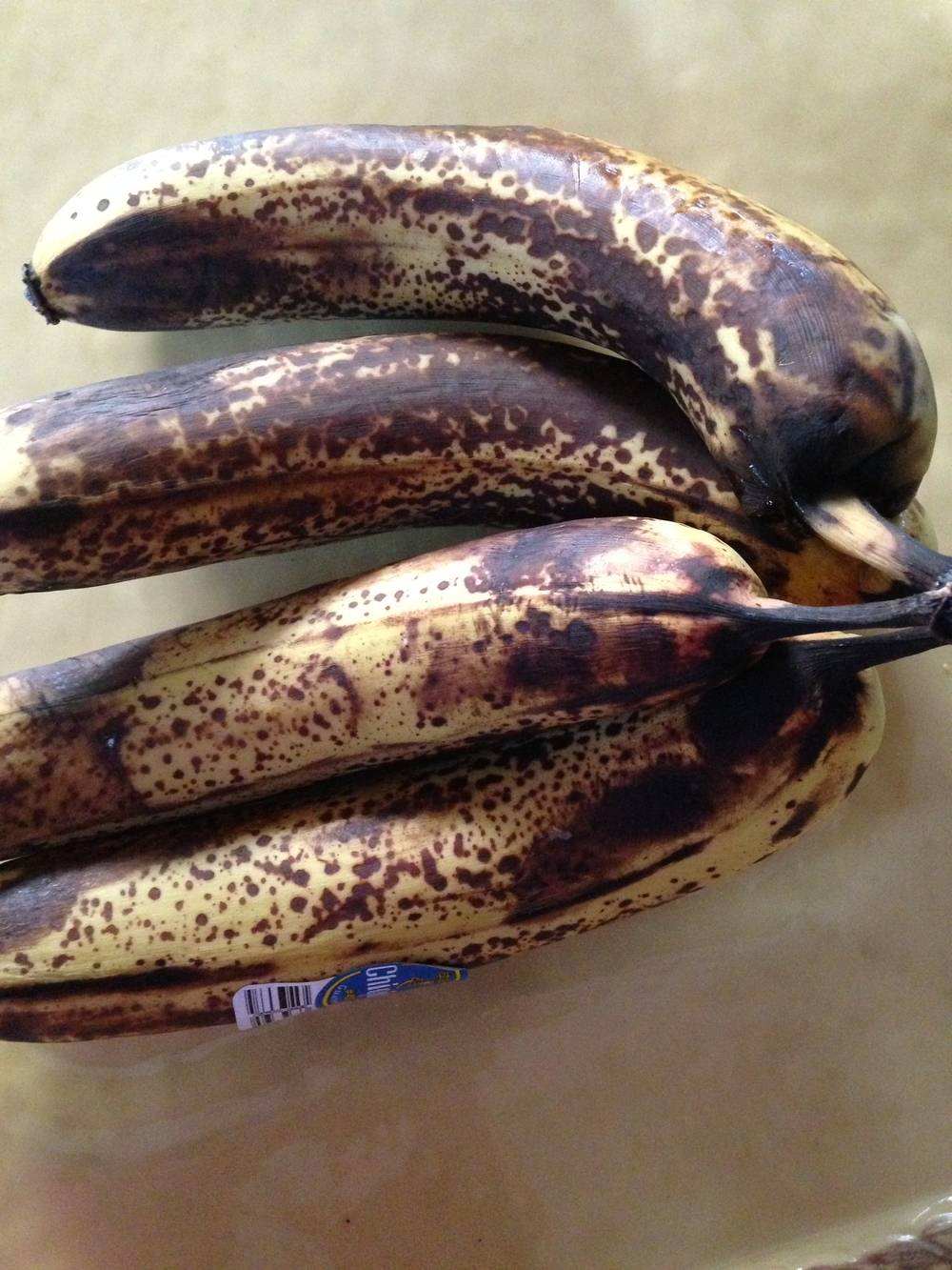 A photo of 4 bananas but, you need 6 for super yummy goodness!
