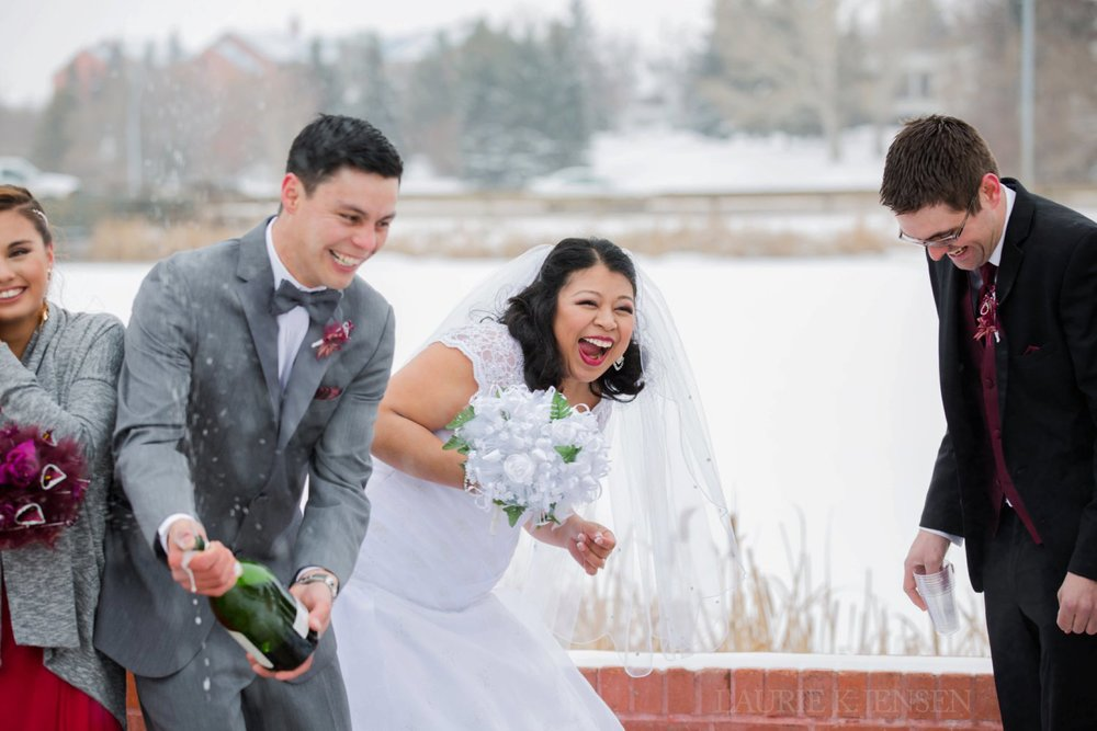 laurie-k-jensen-photographer-edmonton-alberta-wedding-elopement-classy-modern-authentic-fun-natural-happy-pretty-editorial-fine-art-ceremony-champagne