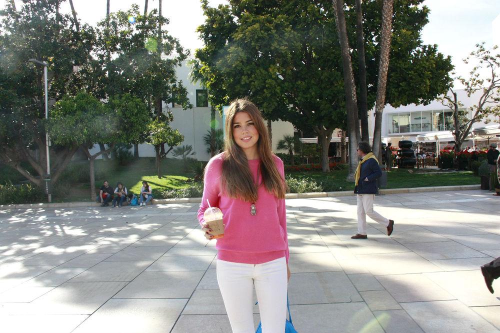 Pink Girl Gabriela Merino